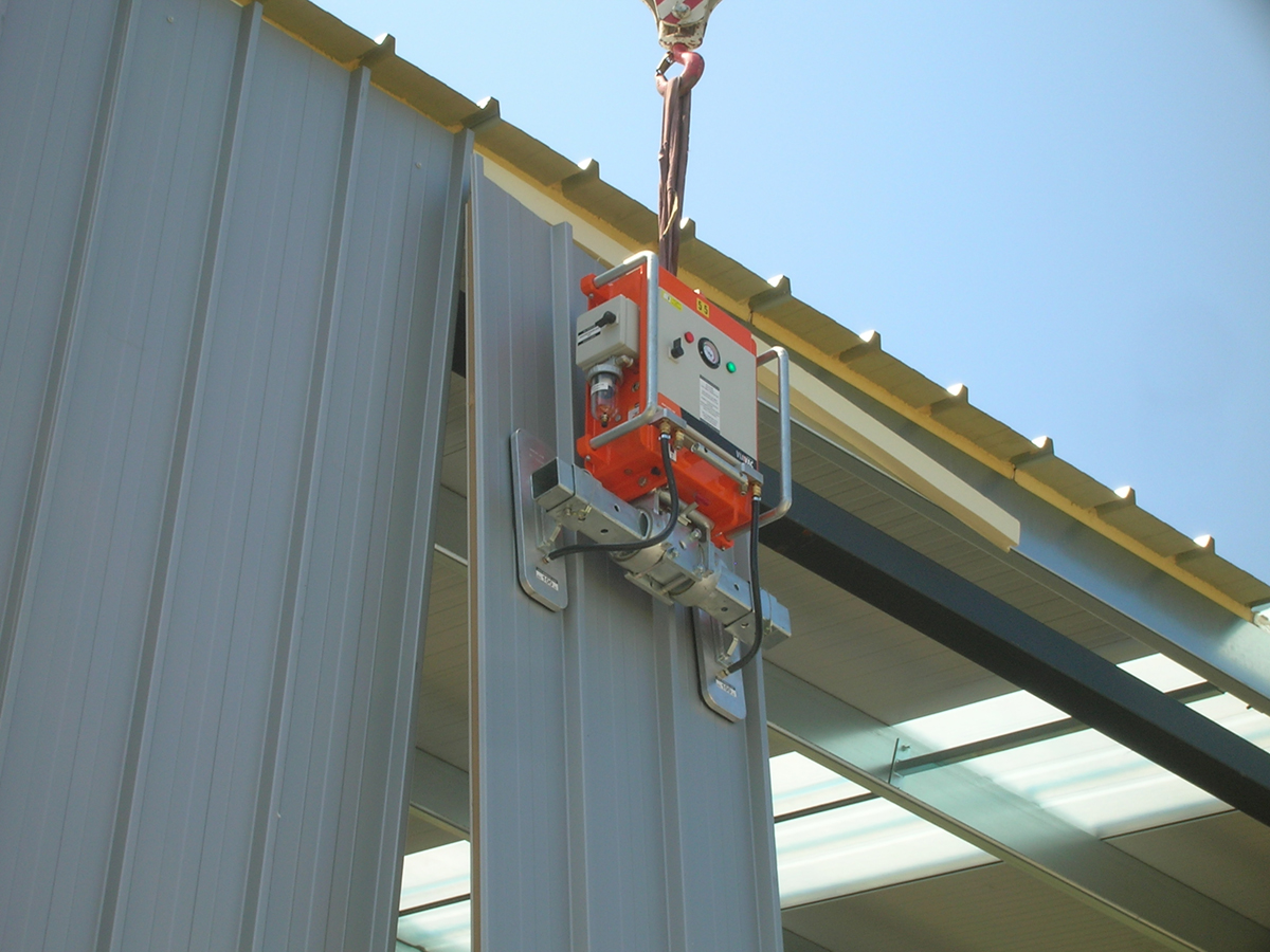Cladboy Vacuum Lifter For Sandwich Panels And More Viavac